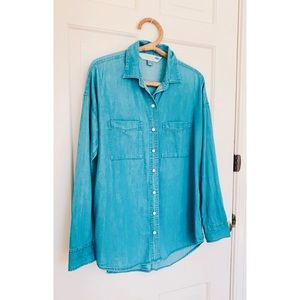 Old Navy | Chambray Button Down Shirt